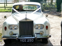 Classic Rolls Royce for weddings in Tonbridge